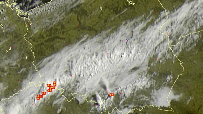 Chmury burzowe nad dwoma województwami