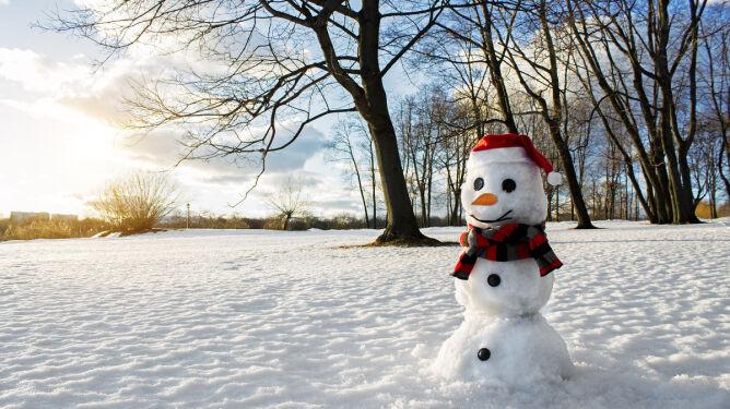 Prognoza pogody na pięć dni: śnieg i chłód, ale w środę znaczne ocieplenie