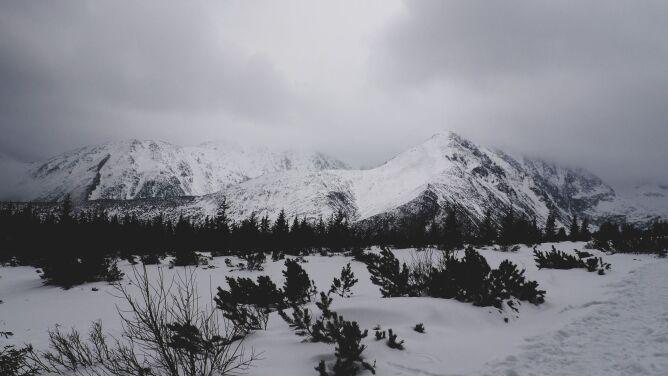 Groźna pogoda górach. Zamykają kolejne wyciągi narciarskie